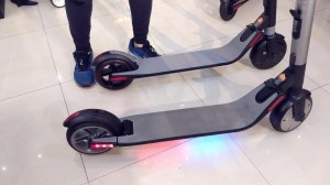 NinebotSegway KickScooter ES1 & ES2 Compared   Mike