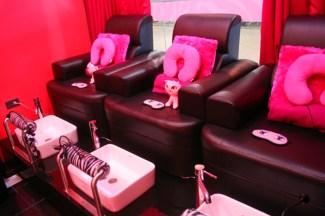 atomix-japan-japon-perverso-pink-salons