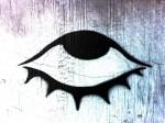 目の周りはアトピー注意