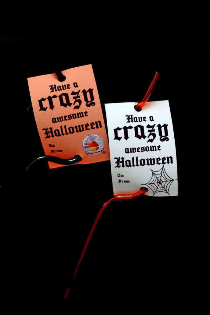 Have a CRAZY awesome halloween: Halloween Crazy Straw Tags Candy-Free Halloween Gifts