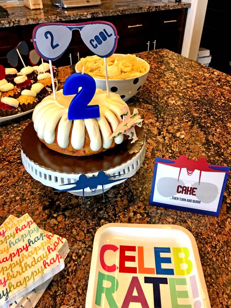 Top Gun Birthday Party Cake: Two Cool Top Gun Party