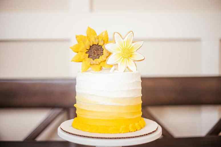 Sunflower Themed Party Cake