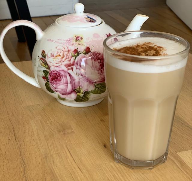 chaï latte avec théière