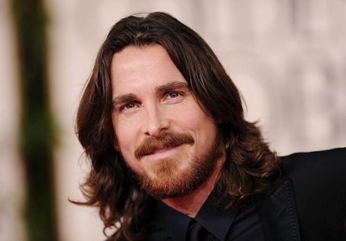 Barba barba, bigote y cabello largo