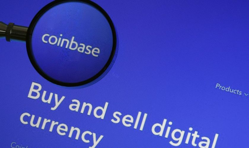 is coinbase a publicly traded company