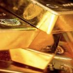 30/04/15 Gold unable hold its gain, testing 1,200 once again