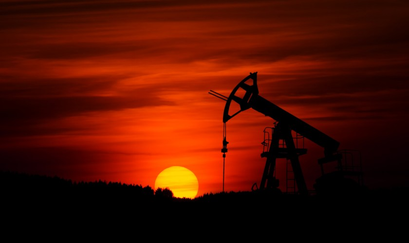 Crude oil price pauses ahead of EIA report