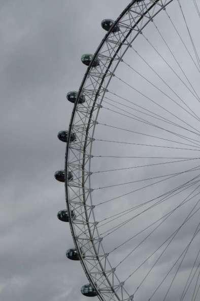 P1070755 London Eye web