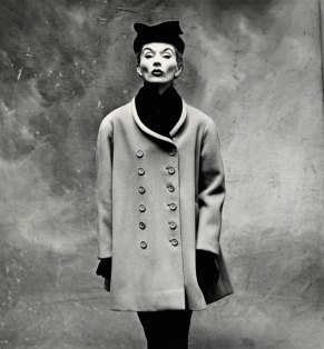Irving penn- balenciaga little great coat, Paris 1960
