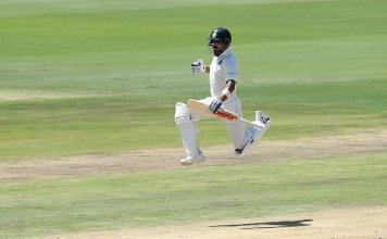 Kohli Celebrating After 100