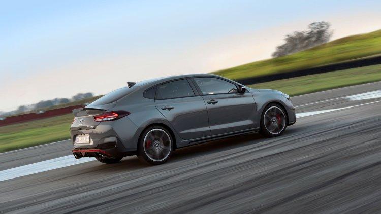 Hyundai i30 N Performance Fastback side profile