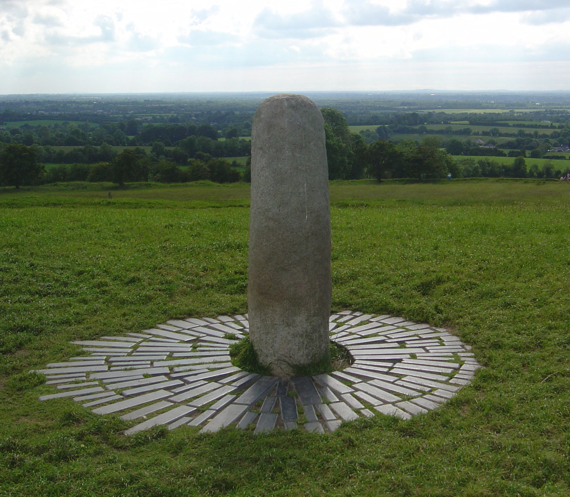 a brief history of the hill of tara seat of secular and spiritual