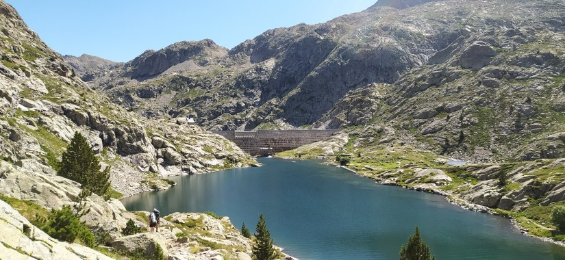Pantano Pirineos