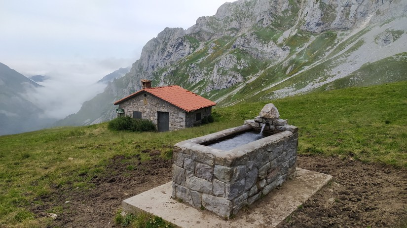 Fuente de montaña