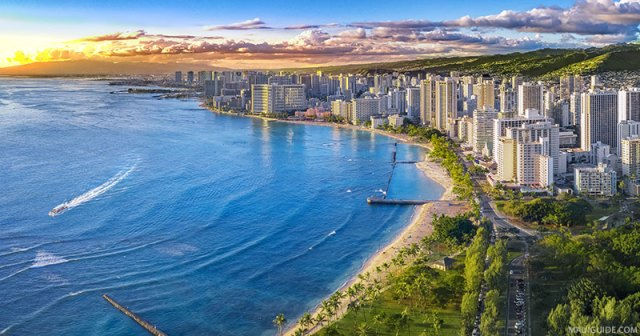 Honolulu's coastline is the perfect place to go on a visit to Hawaii