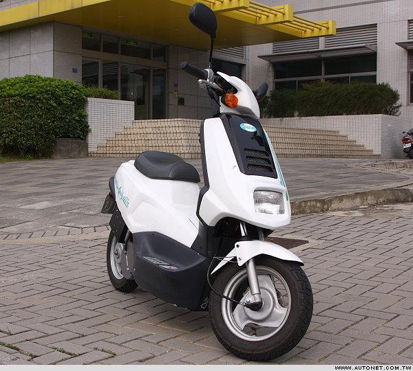 氫能電動機車 7天完成環島 - Mobile01