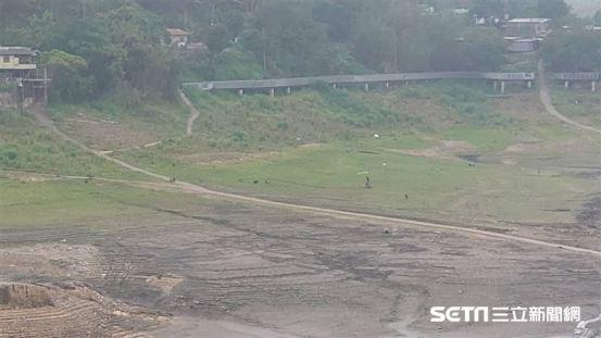 杜/水库将看到江木岛的底部,变成一个孤岛。  80岁的母亲叹了口气:临时桥在哪里?  | 生活| 三里新闻网SETN.COM