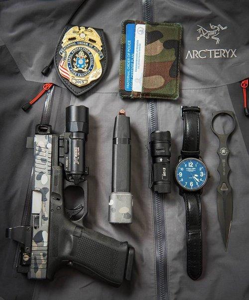 mayhem sydicate carry compensator system glock compensator for carrying a pistol small glock comp glock 19 custom glock 17 glock 26 gen 5 glock 3