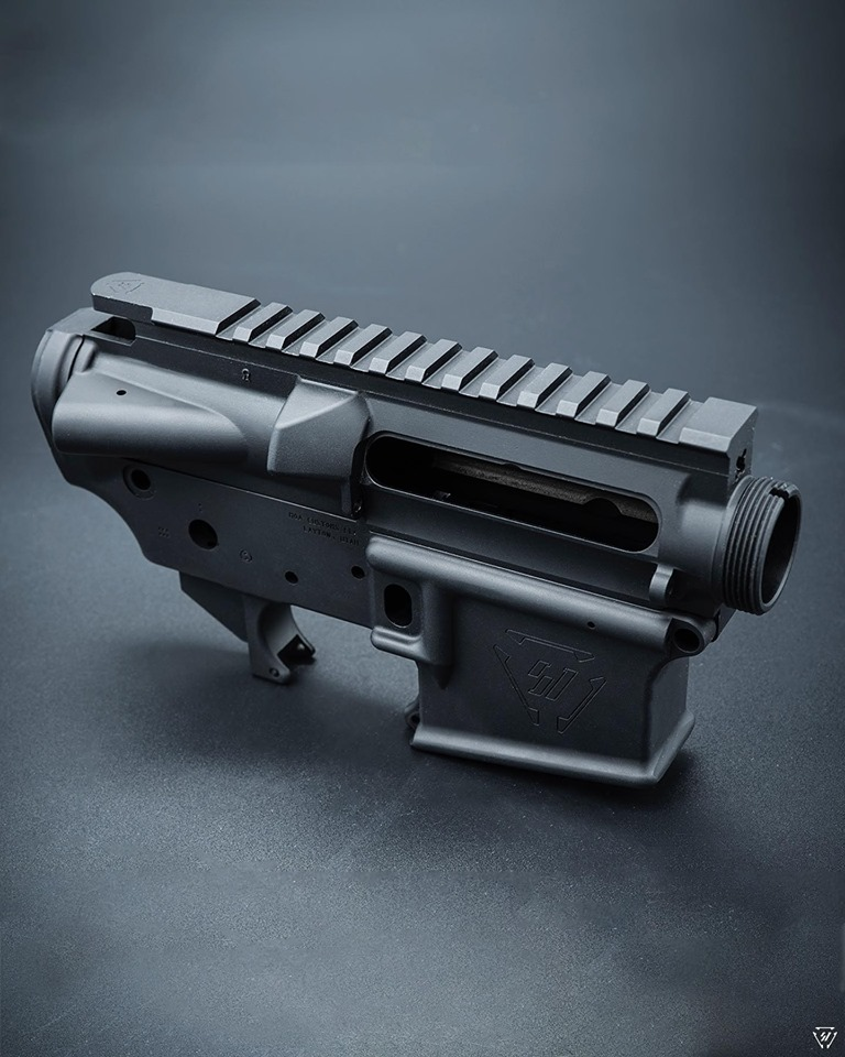 strike industries moa customs strikeraider ar15 receiver sets stripped ar15 lowers custom receiver sets 3.jpg
