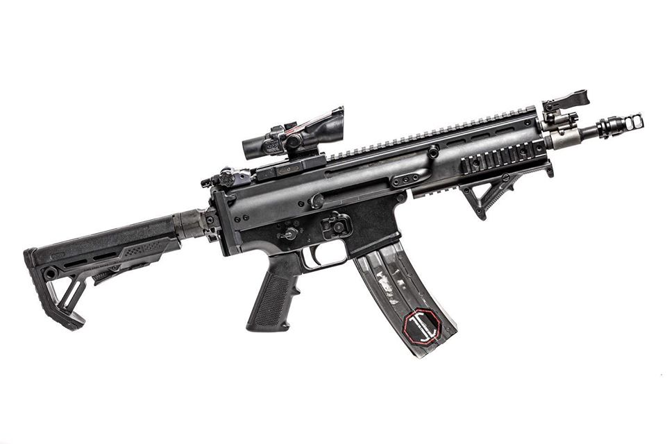 JMAC CUSTOMS SHOWS SUPPORT FOR THE FN SCAR WITH NEW RSA-SCAR 1913 PICATINNY STOCK ADAPTER