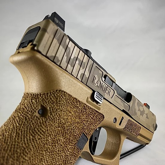 tyr defense industries kris sutton shoot and move glock 19x 9mm custom slide serrations 4