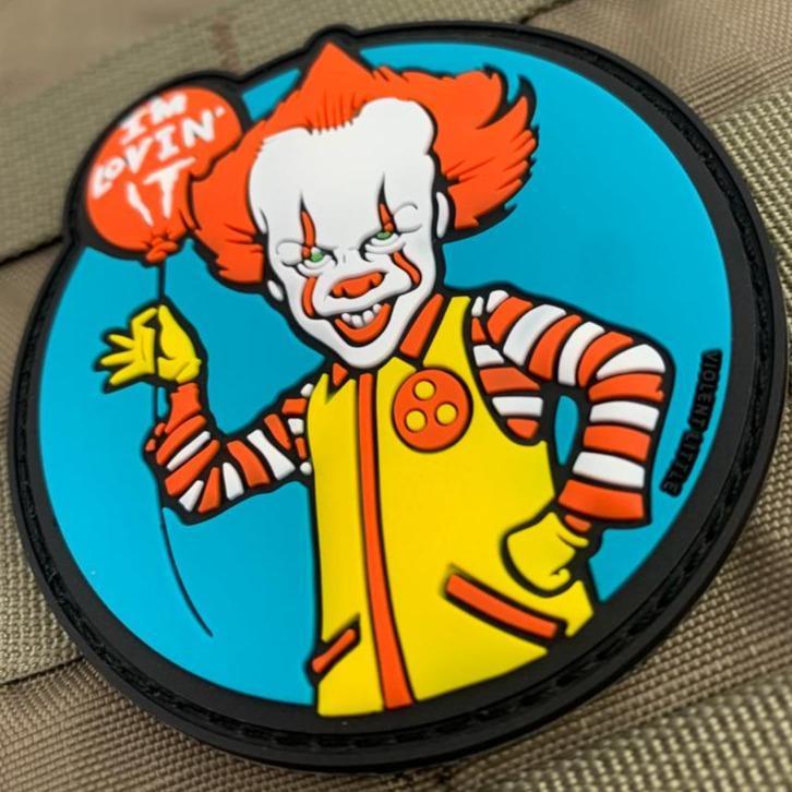 violent little machine shop pennywise the clown murder it movie
