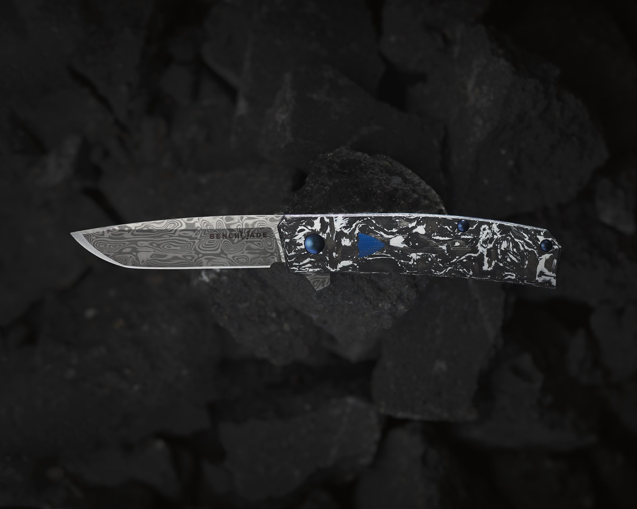 BENCHMADE KNIFE COMPANY RELEASES THE 601-211 TENGU FLIPPER KNIFE