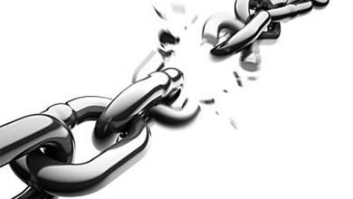 صورة مؤسسات القروض الصغرى ومؤسسات القروض الاستهلاكية والبنوك تطحن المغاربة من أجل مراكمة الأرباح الخاصة