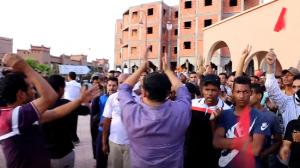 صورة أطاك المغرب مجموعة أكدز: الماء حق لا يقبل التأجيل  اعتقلوا مستنزفي مياه زاكورة و ليس الأطفال و المحتجين