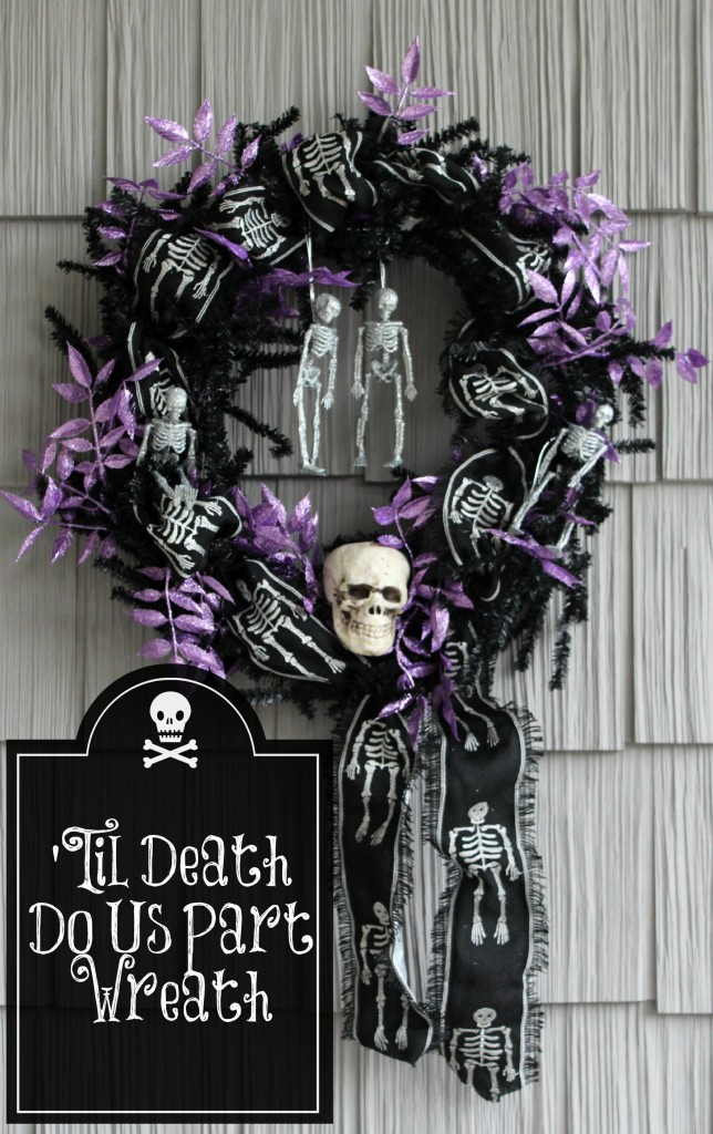 I love the colors and glittery accents in this black and purple skeleton wreath for Halloween.