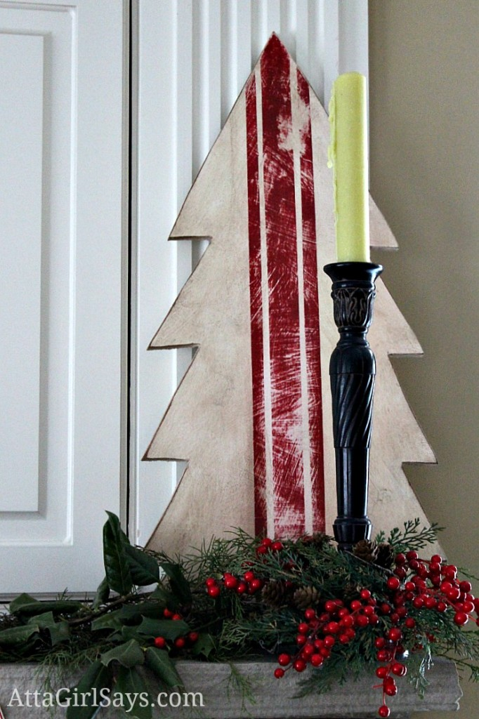 grain sack wooden Christmas tree by Simply Janelle Deisgns at AttaGirlSays.com