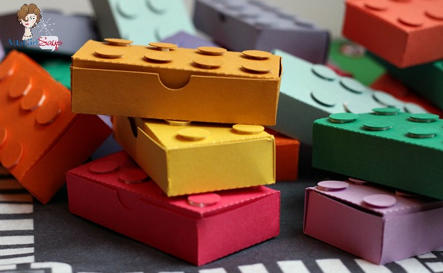 These Lego Valentine treat boxes are just the right size to hold a sweet treat or a special Lego minifigure for your Valentine.