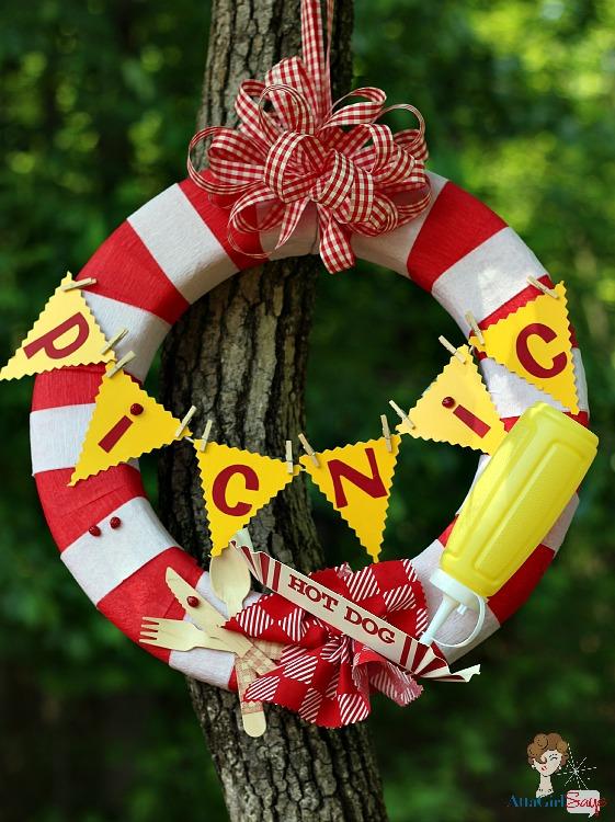 Picnic Wreath by AttaGirlSays.com