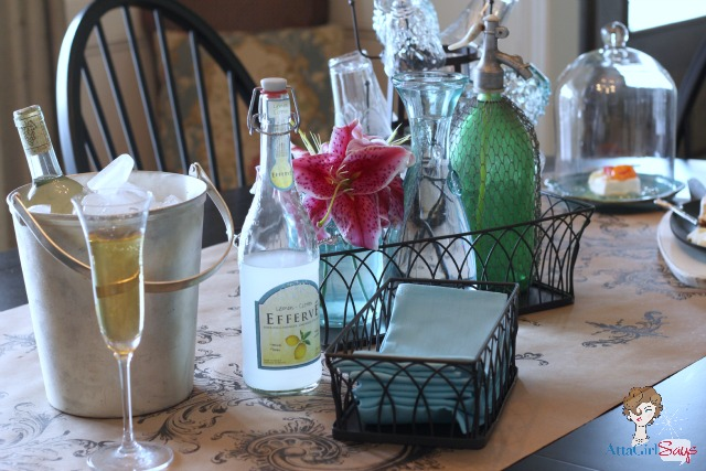 Atta Girl Says: Easy Summer Wine & Cheese Party Dining Room Tablescape