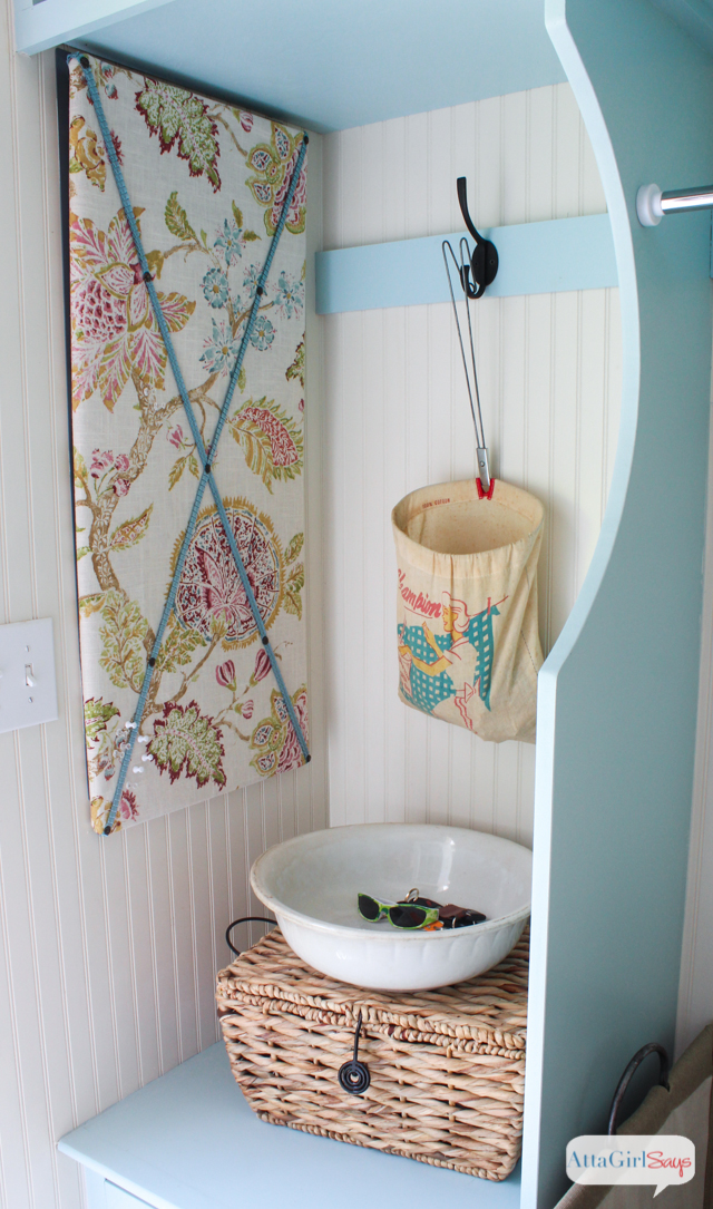 If you have to do laundry, you might as well do it in style. I love all these bright and colorful laundry room ideas. The built-ins are gorgeous painted a happy blue! I also love the storage ideas and vintage touches.