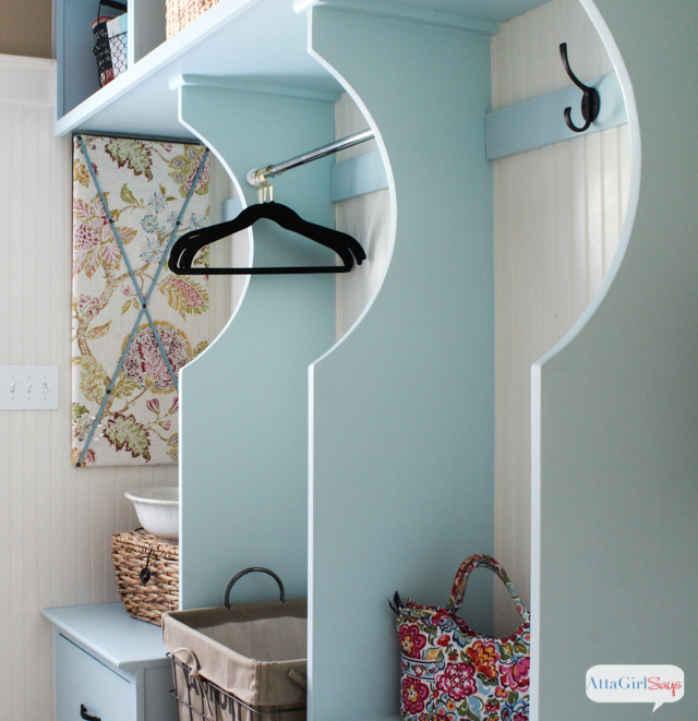 Bright Colorful Laundry Room Ideas With Built In Storage