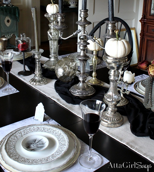 Creative and Unique Table Setting Ideas: Tablecloths, Runners and Placements