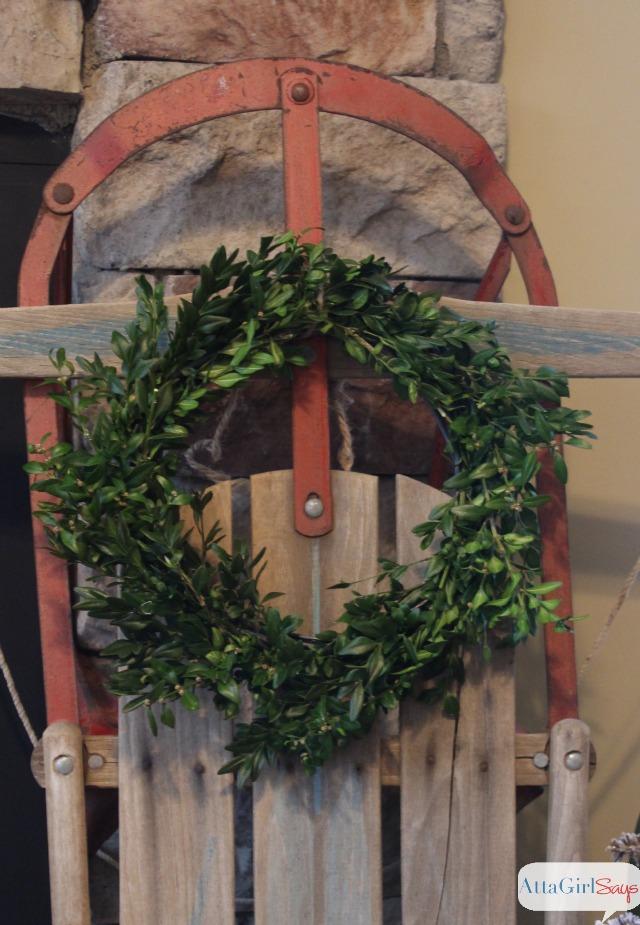 old-sled-boxwood-wreath-christmas
