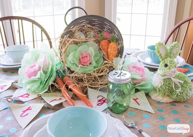 Today we're both sharing a video tutorial for how to make these cabbages and how we're using them in our spring and Easter decorating.