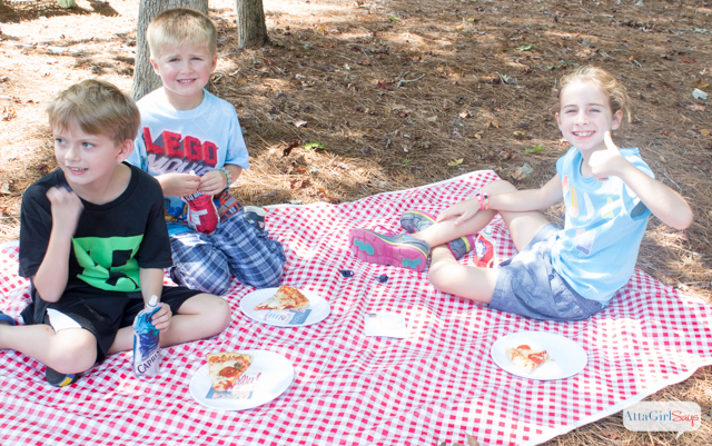 Simple Pizza Party Play Date Ideas #MyGoodLife #CollectiveBias