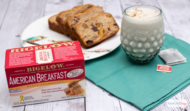 Looking for some quick and easy breakfast ideas that will wake you up and jumpstart your day? Try out this recipe for a breakfast tea and greek yogurt smoothie and pair it with homemade fruity tea loaf. #AmericasTea #shop