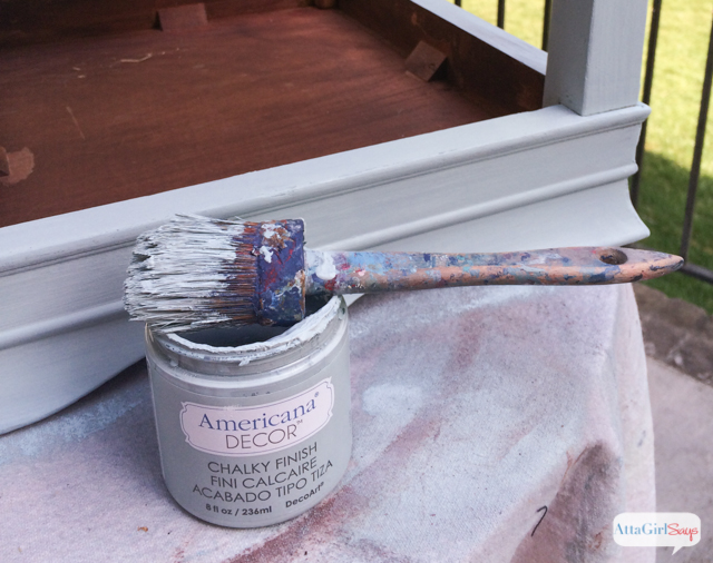 Learn how to spruce up a $5 yard sale table with DecoArt Americana Chalky Finish Paint. and stencils. #chalkyfinish #decoartprojects #spon