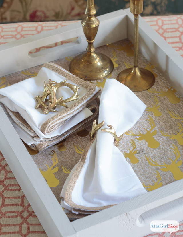 This gold stag decoupage paper from DecoArt is so on trend. It's so easy to transform a plain wooden tray into a stunning , functional decorative piece.