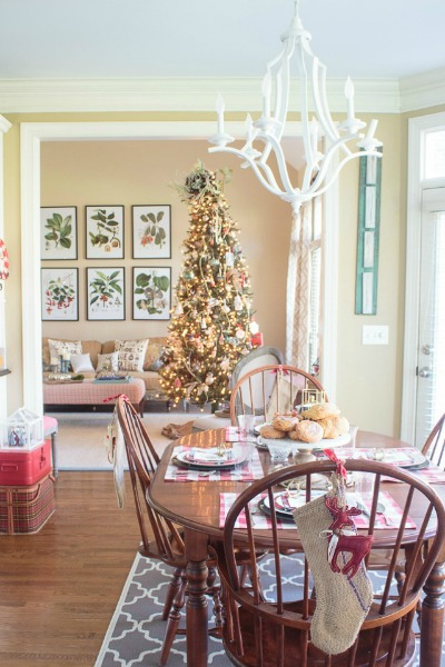 A Touch of Vintage 2015 Christmas Home Tour