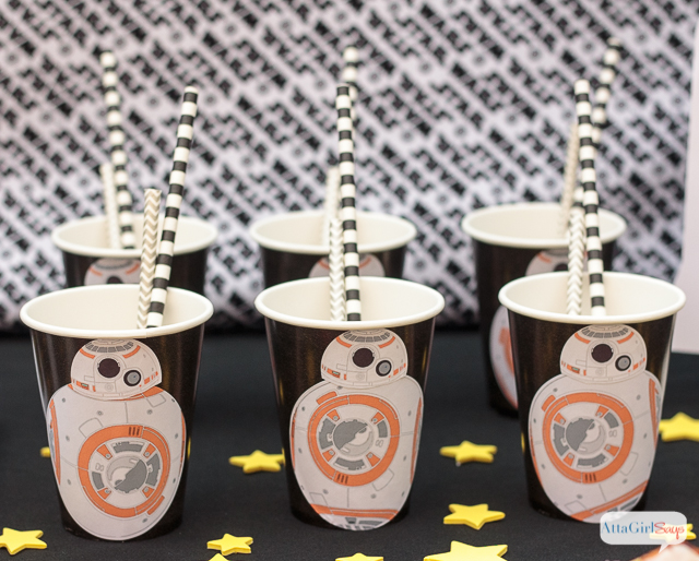 This is the droid you're looking for. These BB-8 party cups are the cutest DIY Star Wars party supplies. And they're easy enough for a kid to make. Click for a video tutorial and to download the free printable labels. #sponsored #onlinelabelshoa