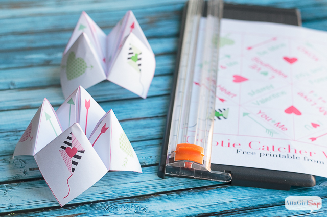 These free printable Valentine cards can be folded into a cootie catcher. Your Valentine will enjoy reading all the sweet messages inside the cootie catcher card.