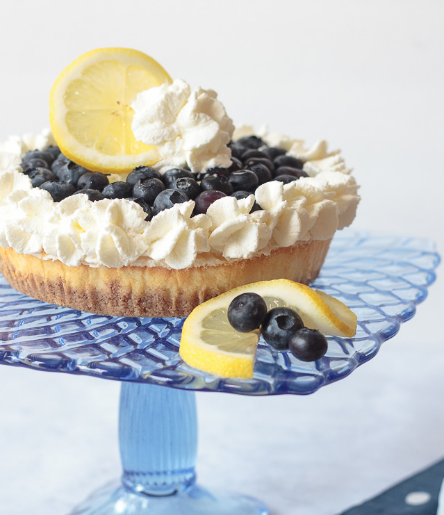 no-bake blueberry lemon cheesecake