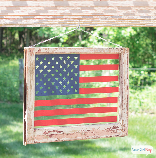 Transform an old window into patriotic American flag art using vinyl. Click for step-by-step instructions, plus the free cutting file.