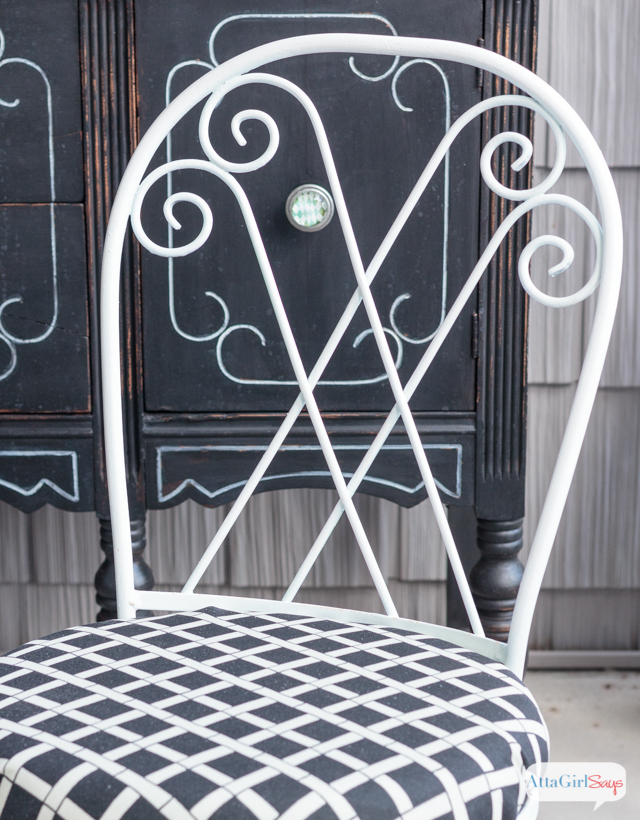 Painting chairs can be such a time consuming pain. That's why I'm sharing this tutorial for how to use a paint sprayer to paint chairs and other detailed, scrolled and spindly furniture. I used my Wagner Flexio 890 Sprayer to quickly revive these iron outdoor bistro chairs. I was able to use durable outdoor paint in the sprayer with absolutely no issues. And cleanup with quick and easy. #sponsored