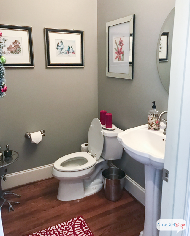 If you're entertaining guests this holiday season, don't forget about the bathrooms! Here are 5 things you need to do to get your bathrooms guest ready! #ad #getundertherim